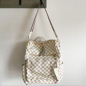 NEw Chloe White Checkered Backpack Purse